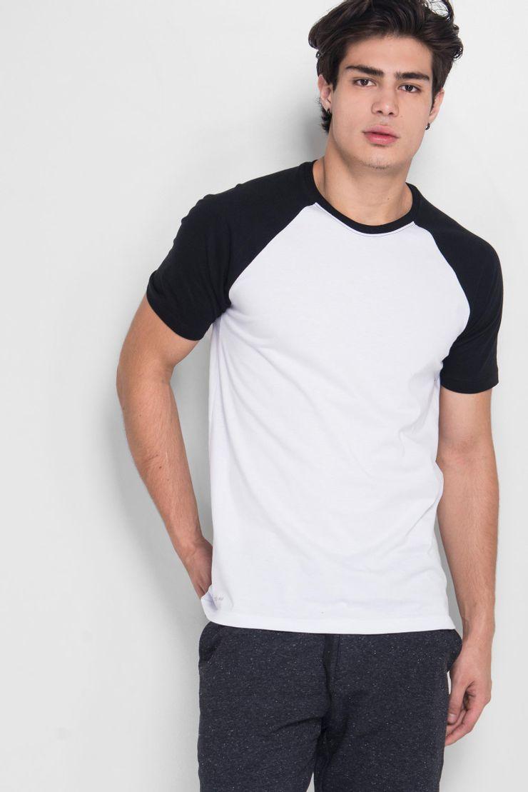 Camiseta-Raglan-Basic-Black