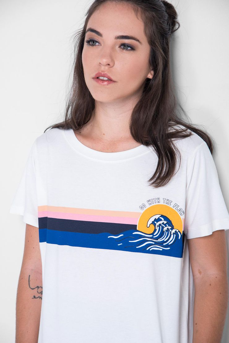 Camiseta-Reverse-Choker-Flow
