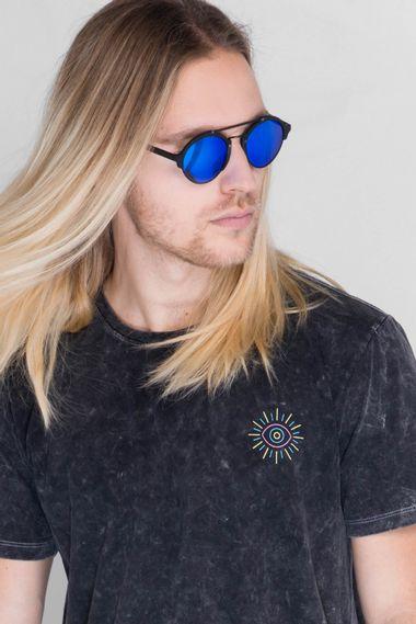 Camiseta-All-Eyes-On-Me