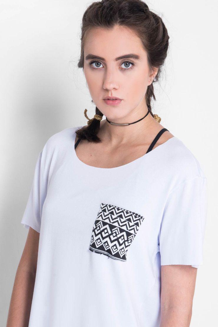 Camiseta-Canoa-Ethnic-Pocket