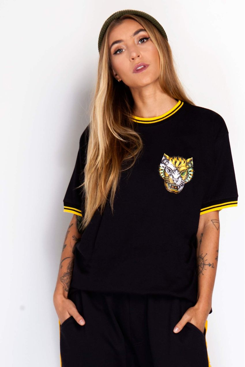 a11ff0a7e7 Camiseta College Tiger Black Feminina - bawclothing